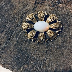 Vintage Jewelry - Vintage gold tone and opal costume floral pin